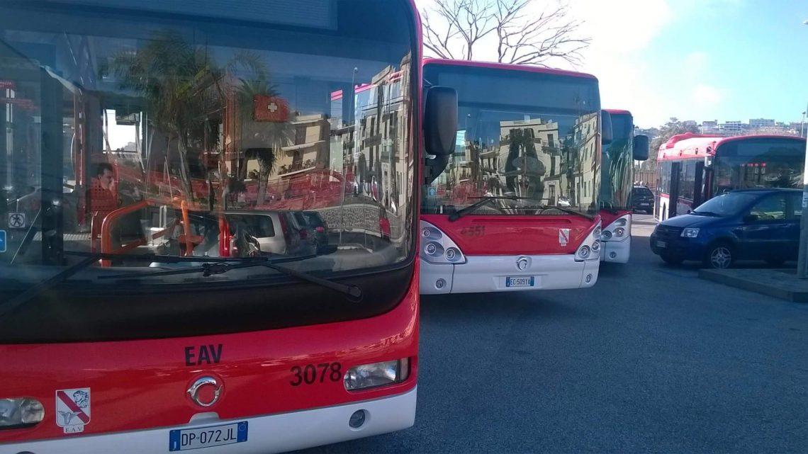 Trasporti pubblici a Napoli 2018 e previsti nel futuro tra metropolitana, autobus, tram