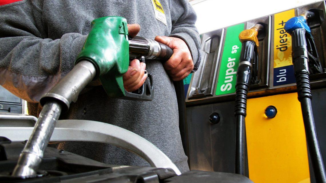 Benzina dove si spende meno a Firenze. Lista distributori 2018-2019 con i prezzi più bassi low cost