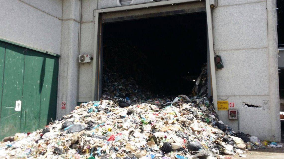 Rischio emergenza rifiuti a Roma dopo lo stop del Tmb di Rocca Cencia